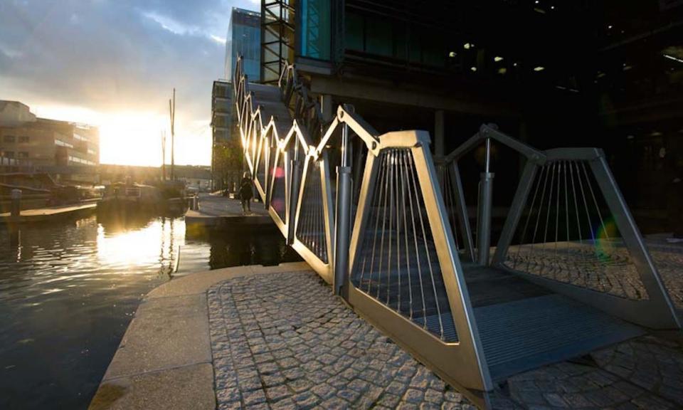 1 rolling bridge paddington jw20080918b4
